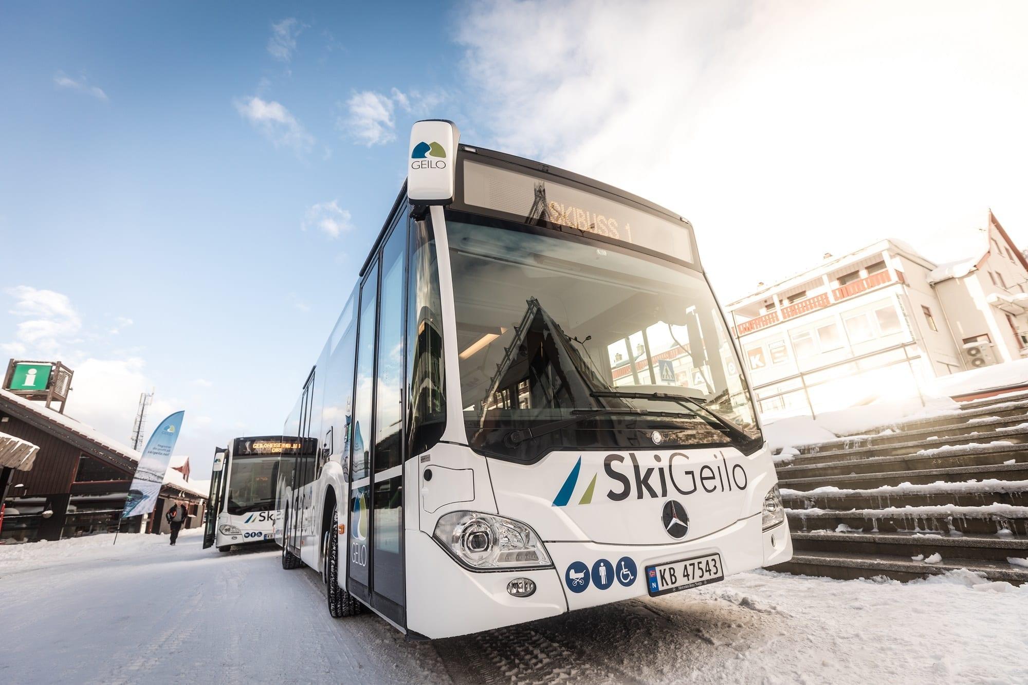 PAL-1523_skibuss2
